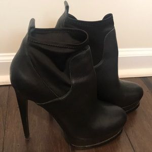 Black Booties!! Awesome Condition!